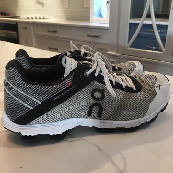 On Cloudrush Womens Shoes Blackwhite